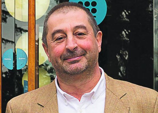 Participa en un dinar amb Francesc Torres, rector de la UPC (12-6-2018)