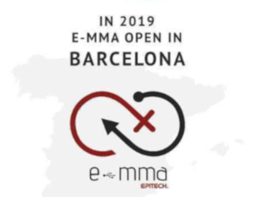 Inauguración de la asociación E-mma en Barcelona