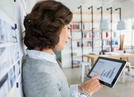 L'associació E-mma promou la incorporació de la dona al sector tecnològic